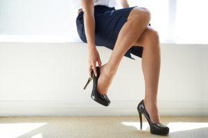 Esimerkiksi naisellinen pukeutuminen saattaa aiheuttaa kuohuntaa somessa.